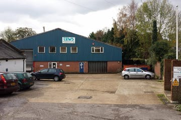 34 Lavant Street, Petersfield, Industrial To Let - 238-2318-1024x576.jpg