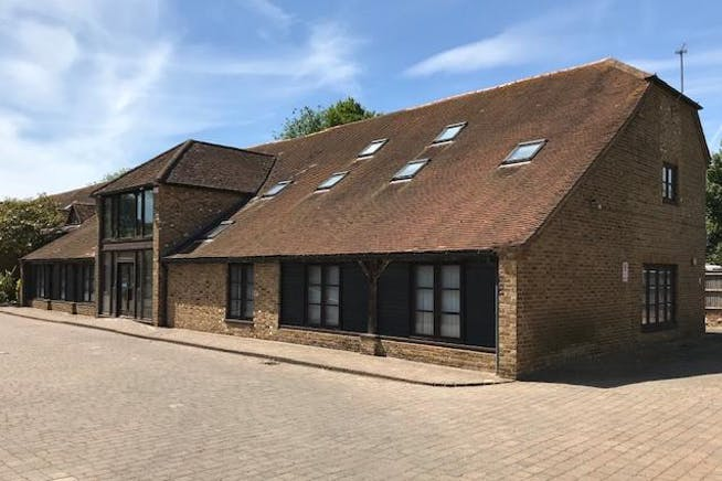 Hatch House, Riding Court, Datchet, Office To Let / For Sale - IMG_8604.jpg