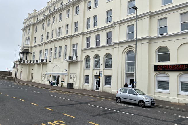Unit 1C, Queens Apartments, Hastings, Office To Let - IMG_3321.JPG