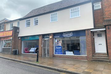 17 Bridge Street, Leatherhead, Retail To Let - IMG_7297.jpg