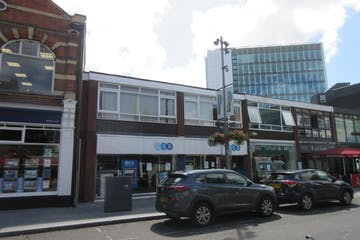 Units 1 & 2 Harland House, 44 Commercial Way, Woking, Retail To Let - IMG_8400.JPG
