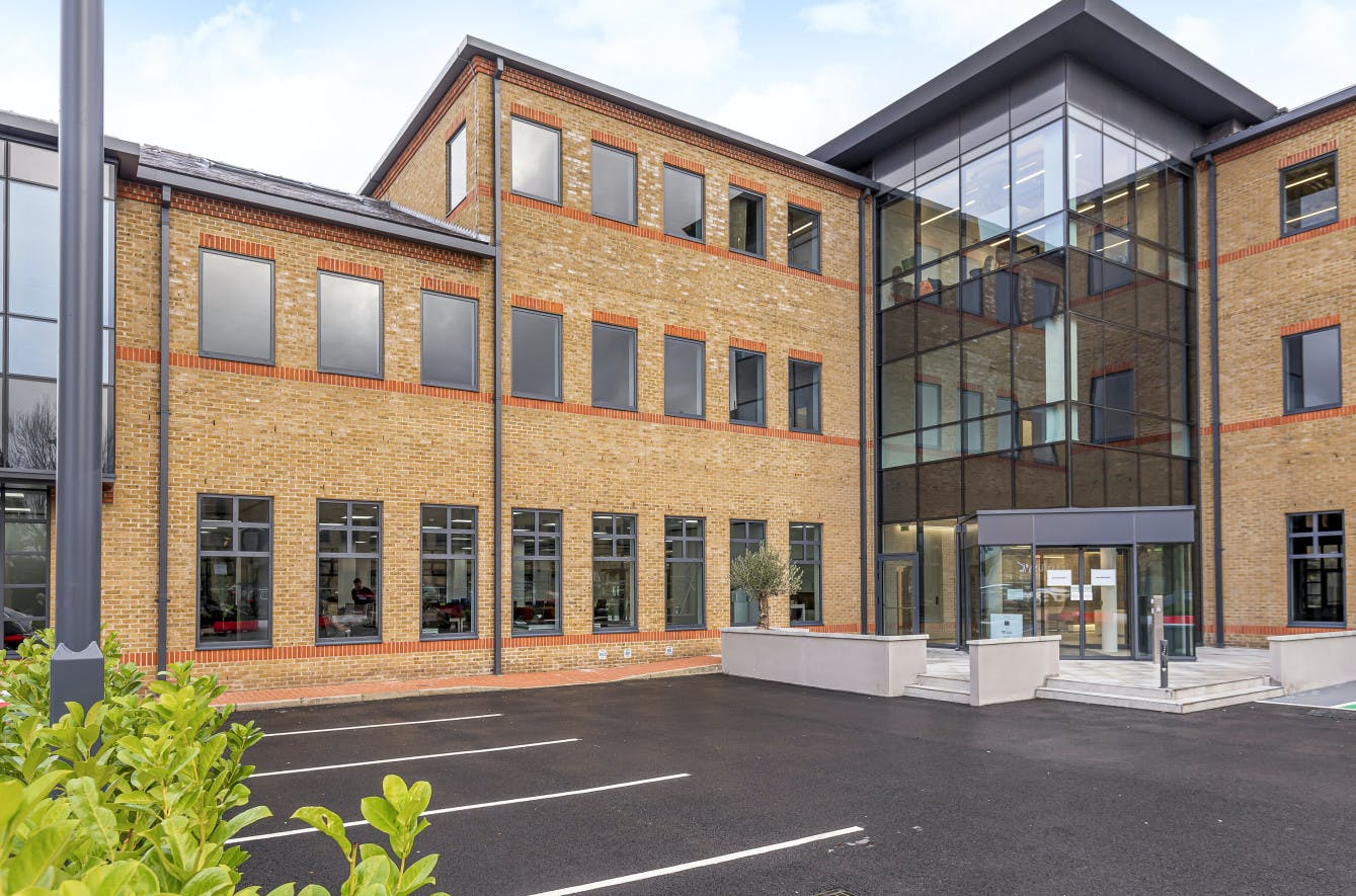 Waterfront, Waterside Park, Staines-Upon-Thames, Office To Let - 5e1db24381ddd-l-569062 (1) .jpg