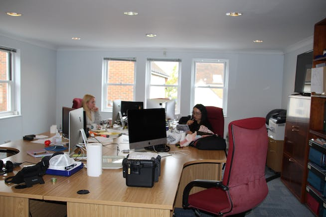 4 St Georges Yard, Farnham, Offices To Let - IMG_8688.JPG