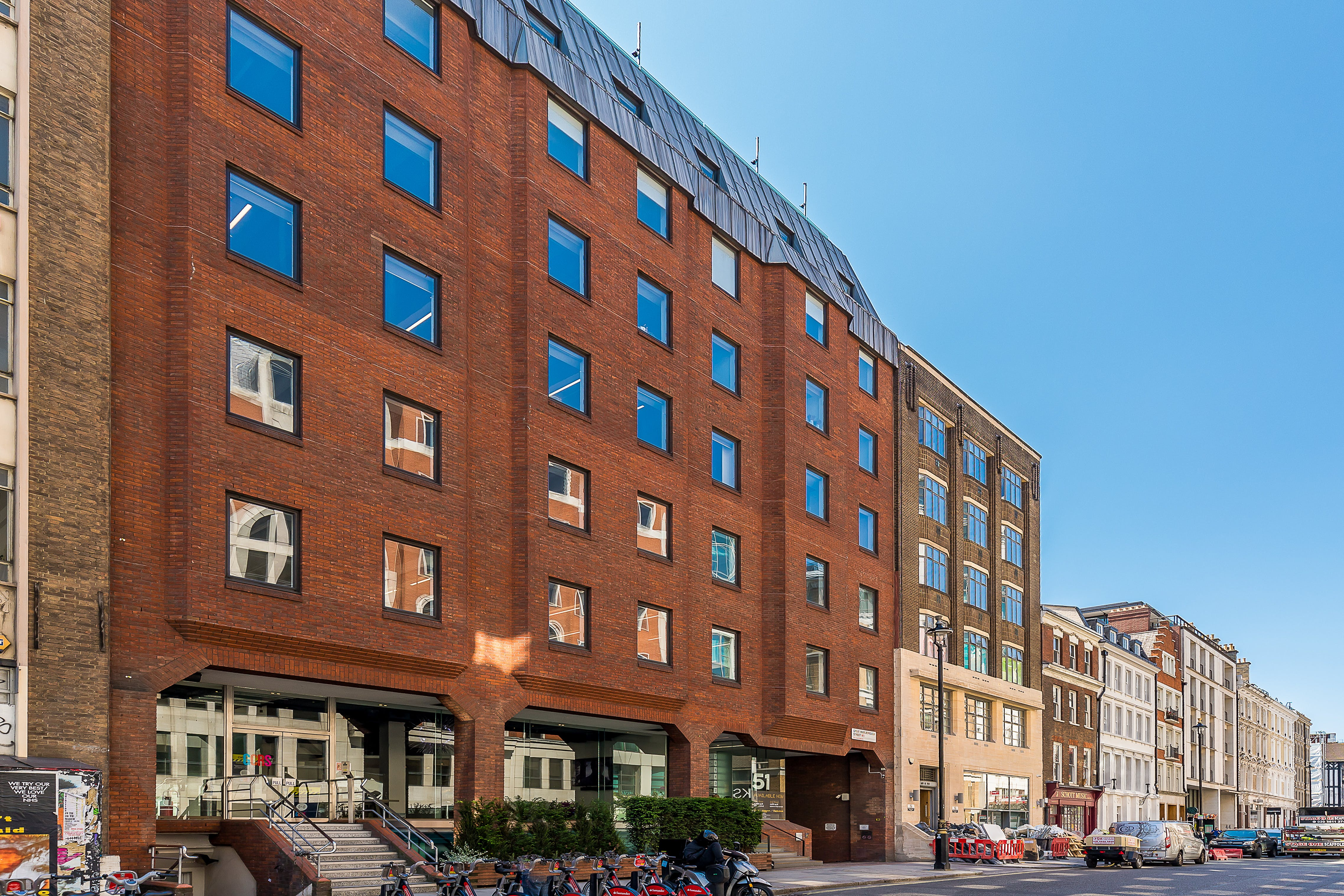 51-53 Great Marlborough Street, London, Offices To Let - Great Marlborough Street 51 FF  ext.jpg