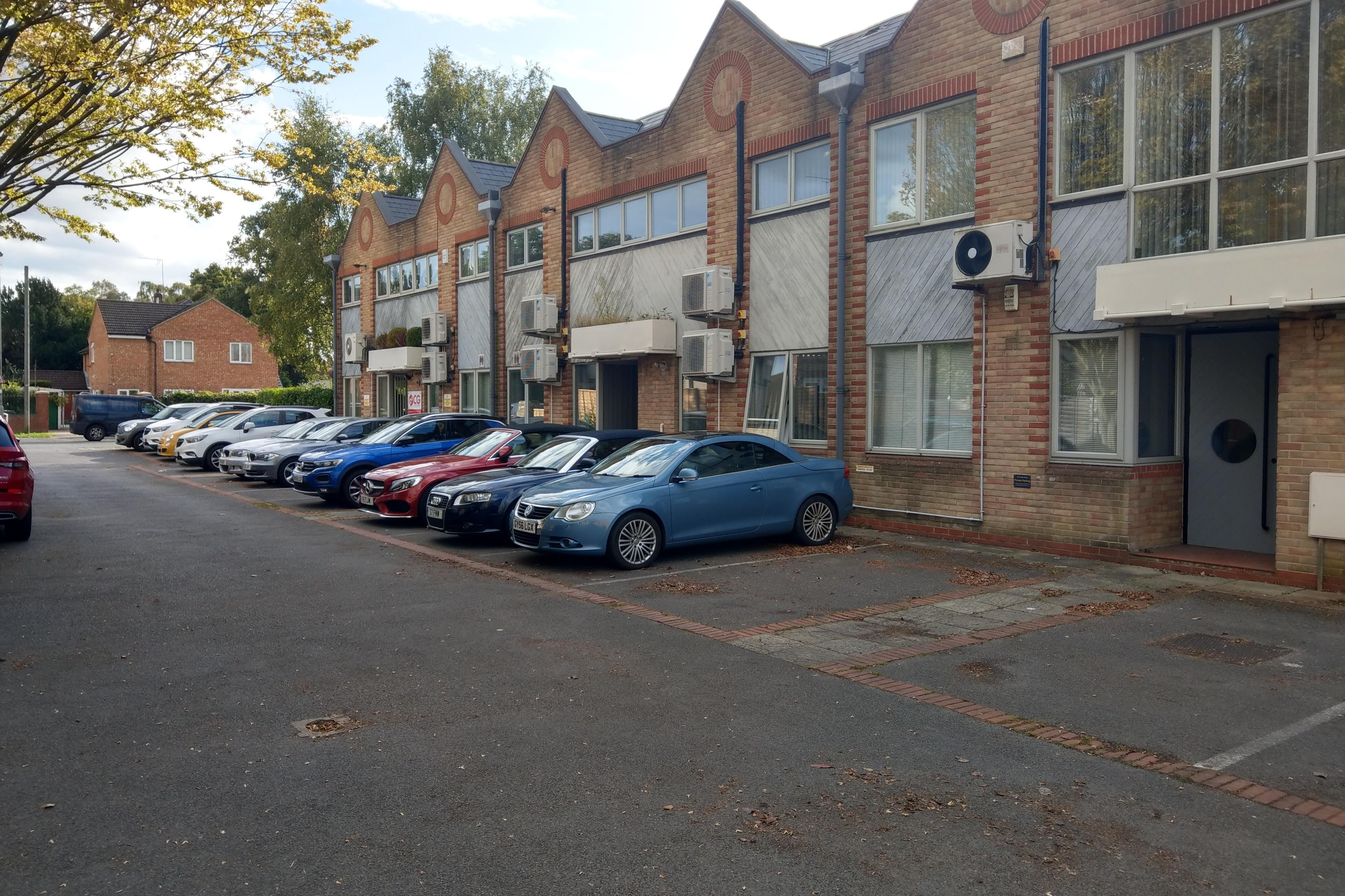 149 Frimley Road, Camberley, Offices To Let - IMAG1278.jpg