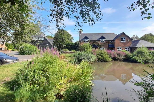 The Black Barn, The Black Barn, Basingstoke, Offices To Let - Photo 5.jpg