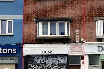 192 & 192A High Street, 192 High Street, London, Office / Retail To Let - IMG0321 3.jpg