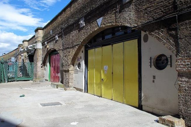 Arches 416-418 Union Walk, Shoreditch, Industrial / Offices To Let - 4Union Walk Hoxton Arches 416418 E2 8H  April 21.jpg