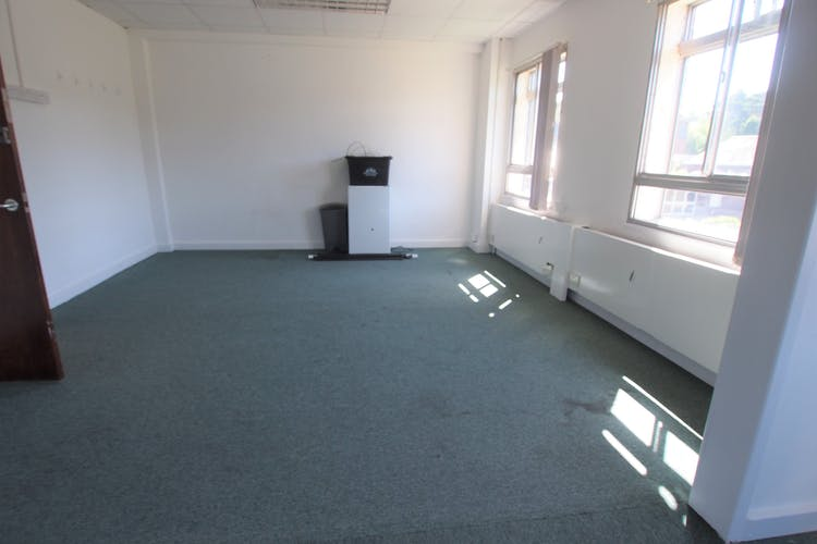 Rooms 1-2, Commercial House, Haywards Heath, Office To Let - P1013776.JPG