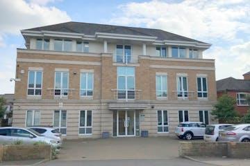 188 High Street, Egham, Office To Let - Egham 118 High Street.jpg