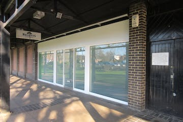 9 Goldsworth Park District Centre, Denton Way, Woking, Retail To Let - IMG_8087.JPG