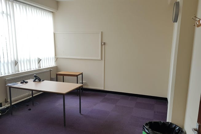 Offices At Drewitt House, Bournemouth, Office To Let - 20190206_102730.jpg