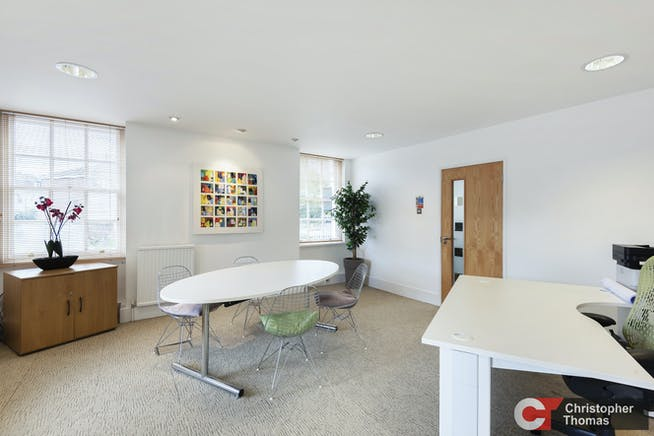 The Old Station, Staines Upon Thames, Office To Let - 6248b5f03e5a47ceb788f78619f2cfde.jpg