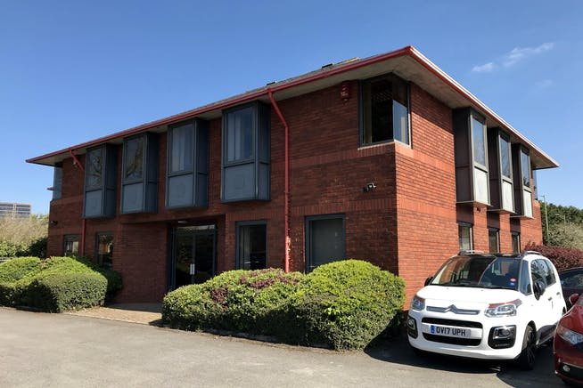 Kille House, Chinnor Road, Thame, Office / Investment For Sale - IMG_0923.jpg