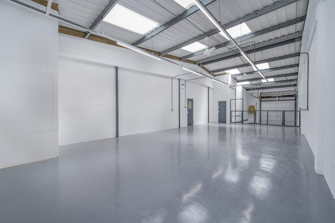 14 Meadow View, Long Crendon, Office / Industrial To Let - F-8.jpg