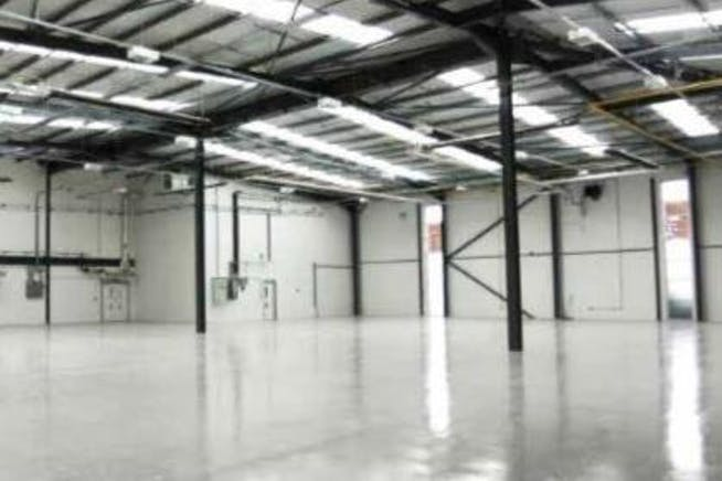 Unit 650, Winnersh Triangle, Reading, Warehouse & Industrial To Let - 650 3.JPG