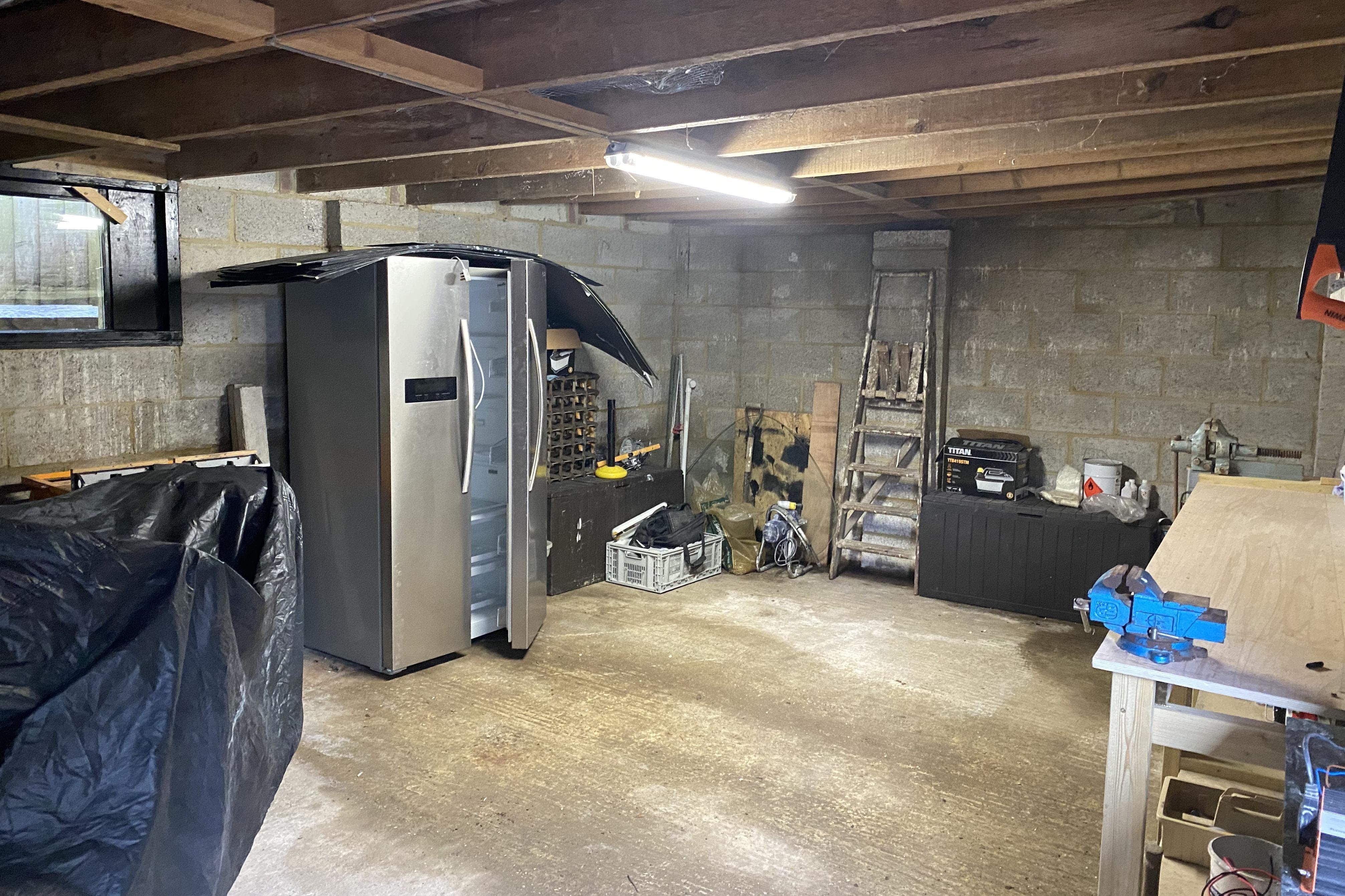 Garages At Rear, Hastings, Industrial For Sale - IMG_3910.jpg