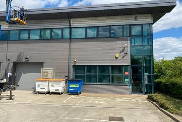 Unit 3 & 6, Vision Industrial Park, London, Industrial / Offices / Trade Counter To Let - IMG_4200.jpg - More details and enquiries about this property