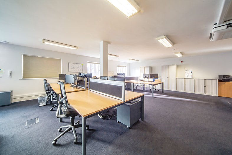 Unit 1 The Bullpens, Basingstoke, Offices To Let - The_Bullpens_Unit_1_grnd_office.jpg