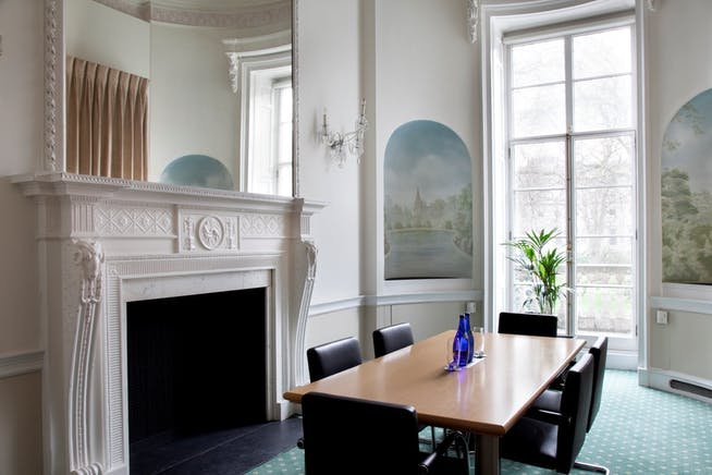 33 St. James's Square, London, Serviced Office To Let - 008_Property.jpg