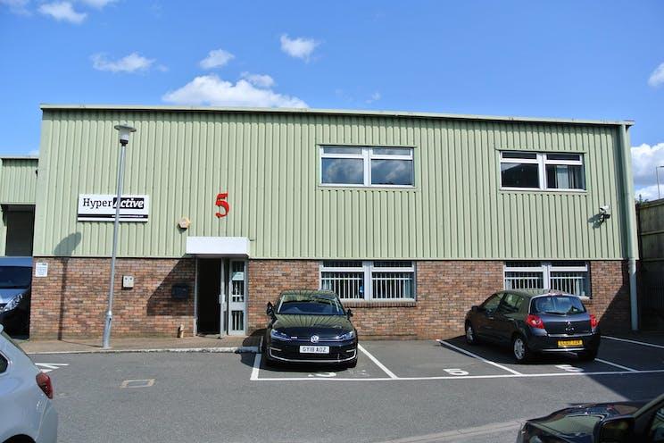 Unit 5 The Royston Centre, Lynchford Road, Farnborough, Warehouse & Industrial To Let - DSC_3908.JPG