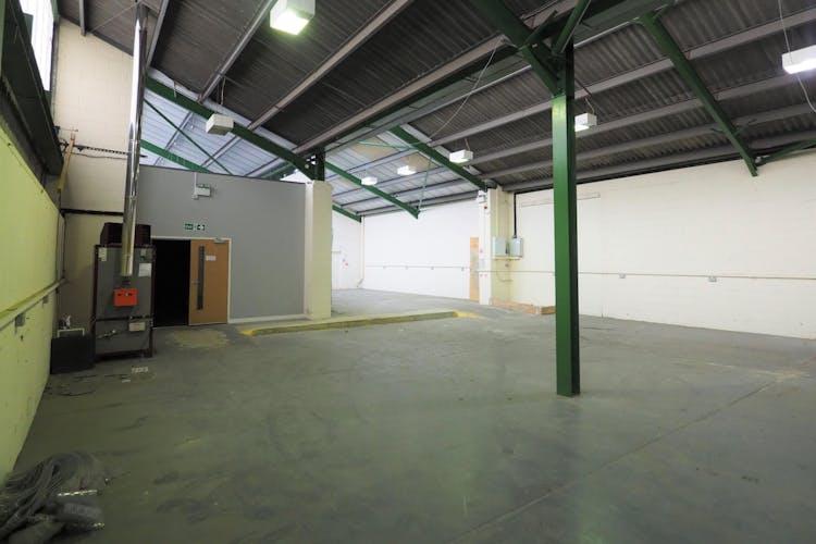Unit 9 Graylands Estate, Horsham, Industrial To Let / For Sale - P5020012.jpg