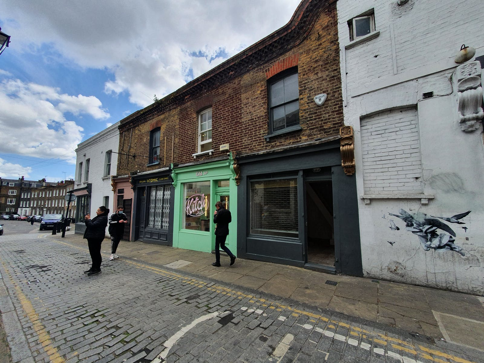 2 Charlton Place, London, Retail / Showroom To Let - 20210512_143134.jpg