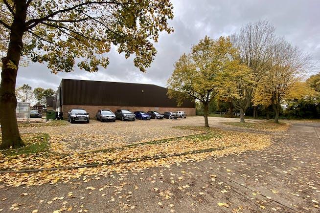 Unit B, Watlington Industrial Estate, Watlington, Industrial To Let - IMG_0549.jpg