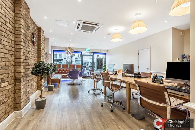 3 Broomhall Buildings, London Road, Sunningdale, Investment / Retail For Sale - 11640a479ead42a4b43c00e48f4f9b4e.jpg