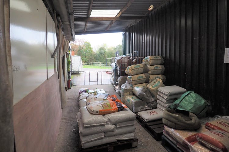 Kings Farm, Kingsfold, Retail / Land - Open Storage / Industrial For Sale - PA250035.JPG