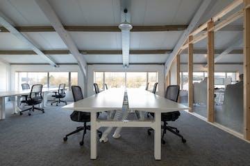 Desks Space Unit 3 Viceroy Court, Petersfield, Office To Let - 1000wwwww.jpg
