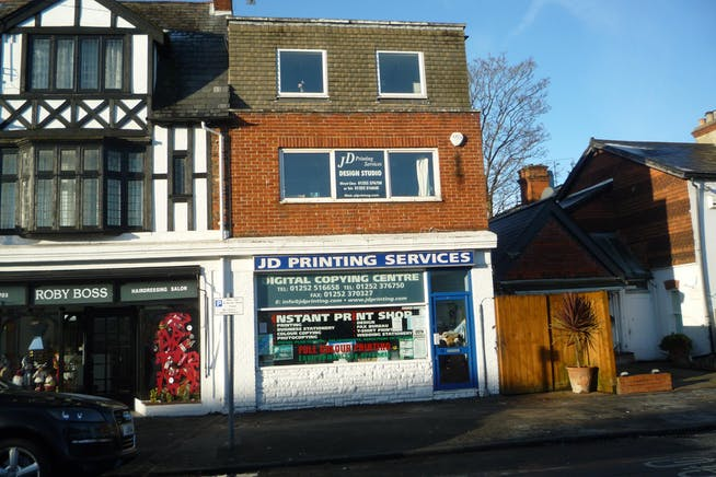 28 Alexandra Road, Farnborough, Retail For Sale - P1030521.JPG