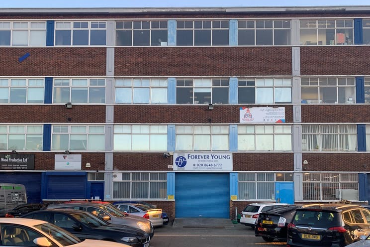 Unit 16, 1-11 Willow Lane, Mitcham, Warehouse & Industrial To Let / For Sale - IMG_0537-landscape.jpg