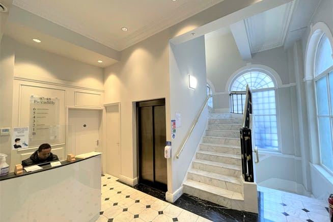47-48 Piccadilly, London, Offices To Let - Building Reception