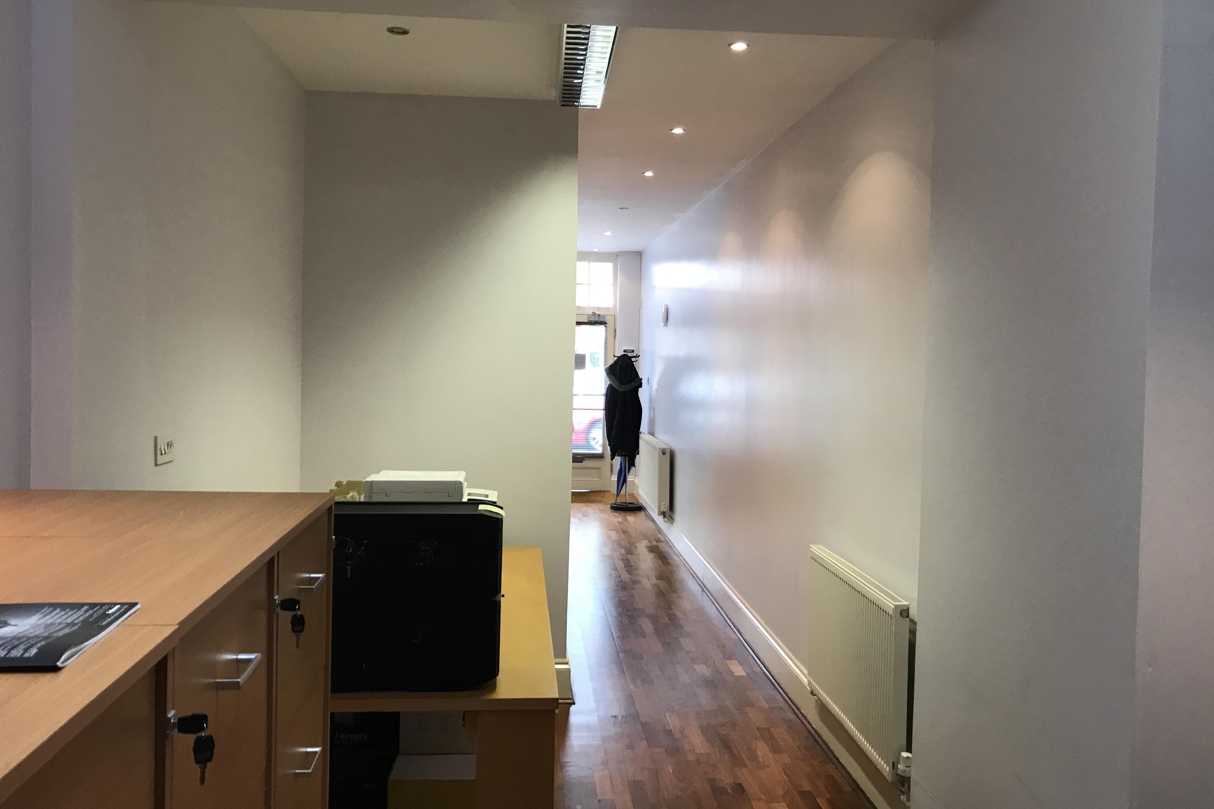 52 St Leonards Road, Bexhill On Sea, Office / Retail To Let - IMG_7954.JPG