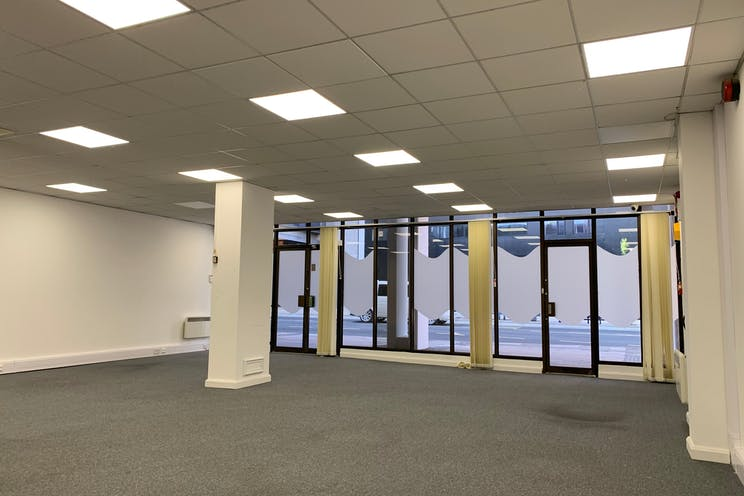Unit 1 Enterprise House, Isambard Brunel Road, Portsmouth, Office / Retail / Leisure / Pubs, Bars & Clubs / Restaurant / Takeaway / Restaurant / Takeaway To Let / For Sale - fBDQFn7w.jpeg