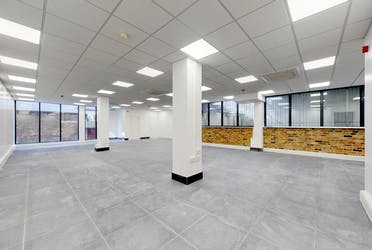 7 East Tenter Street, London, Offices To Let - Scarborough-Street-08142019_110402.jpg - More details and enquiries about this property