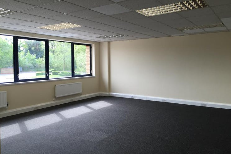 Unit 4 Guildford Industrial Estate, Guildford, Warehouse & Industrial To Let - internal 5