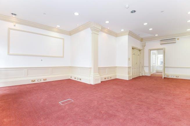 Kingsbury House, Windsor, Office To Let - Kingsbury House Windsor interior.jpg