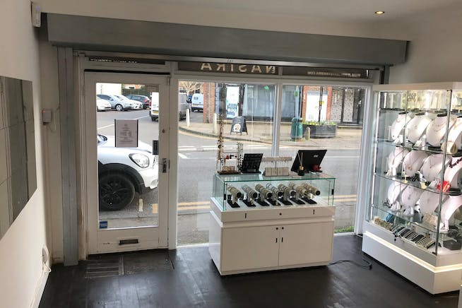 10A High Street, Datchet, Retail To Let - IMG_8061.jpg