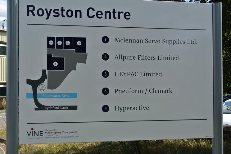 Unit 5 The Royston Centre, Lynchford Road, Farnborough, Warehouse & Industrial To Let - DSC_3907.JPG