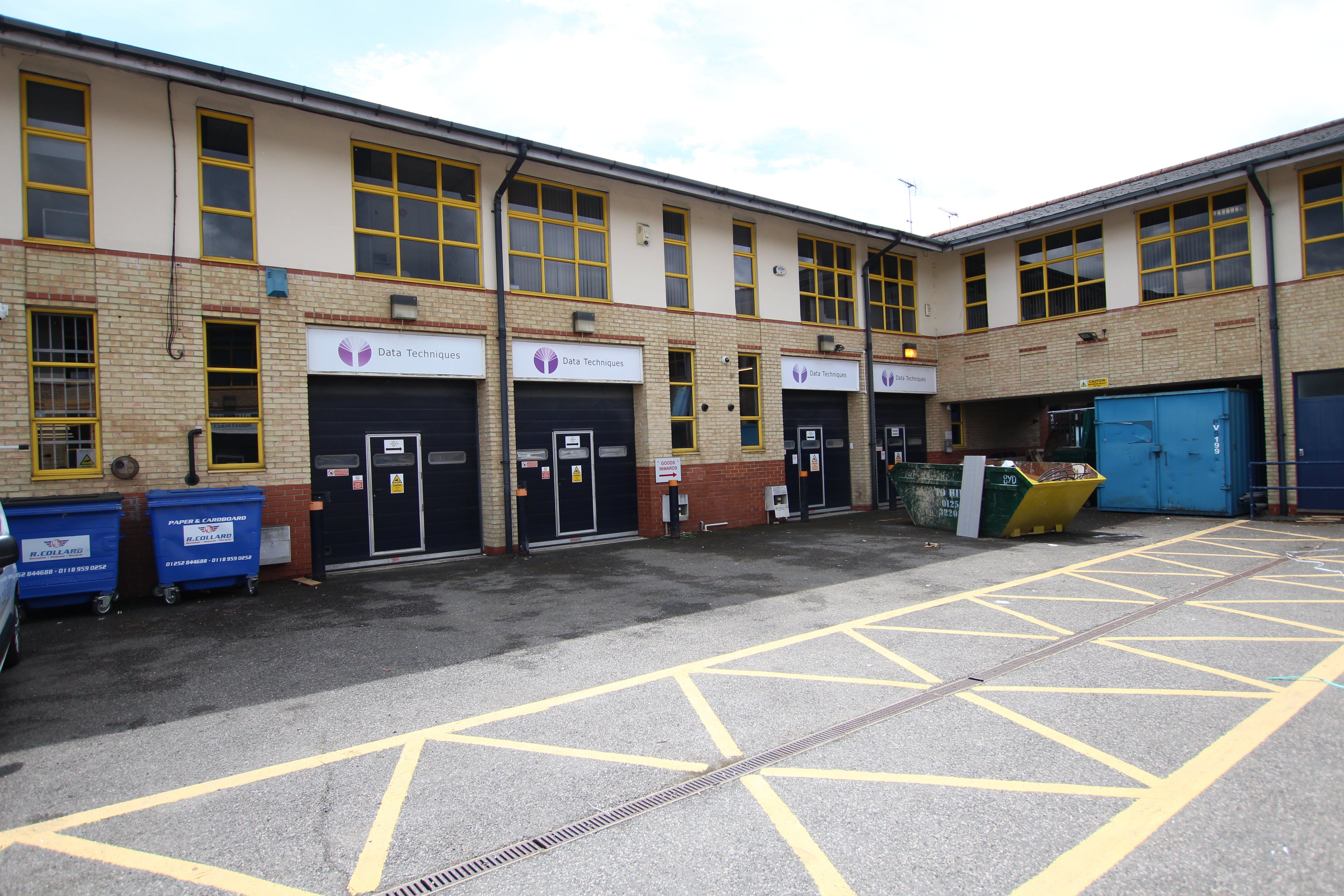Units 7, 8 & 9 Farnborough Business Centre, Eelmoor Road, Farnborough, Warehouse & Industrial To Let - IMG_1380.JPG