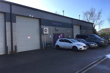 Units 6 & 7 Anglo Industrial Park, Fishponds Road, Wokingham, Industrial To Let - Exterior.JPG