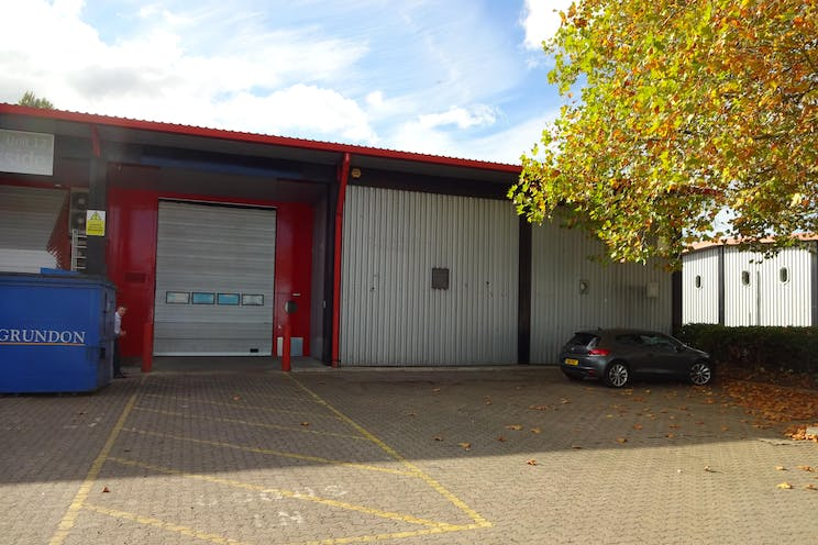 Unit 13, Mole Business Park, Leatherhead, Warehouse & Industrial To Let - DSC02448.JPG