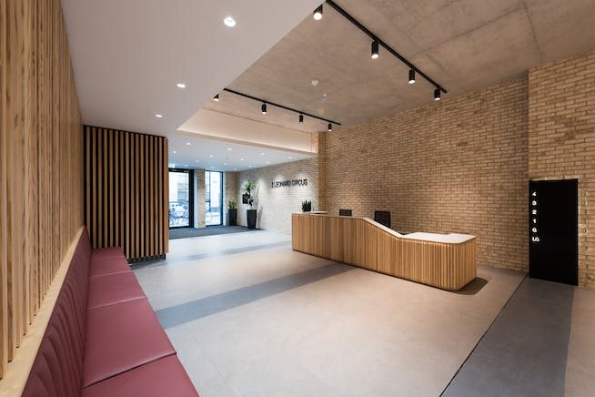 2 Leonard Circus, London, Offices To Let - Reception (3)