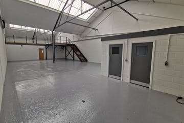 Unit 5, Red Lion Business Park, Surbiton, Warehouse & Industrial To Let - IMG_20200528_102609.jpg