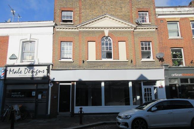 111-113 Guildford Street, Chertsey, Retail To Let - IMG_2141.JPG