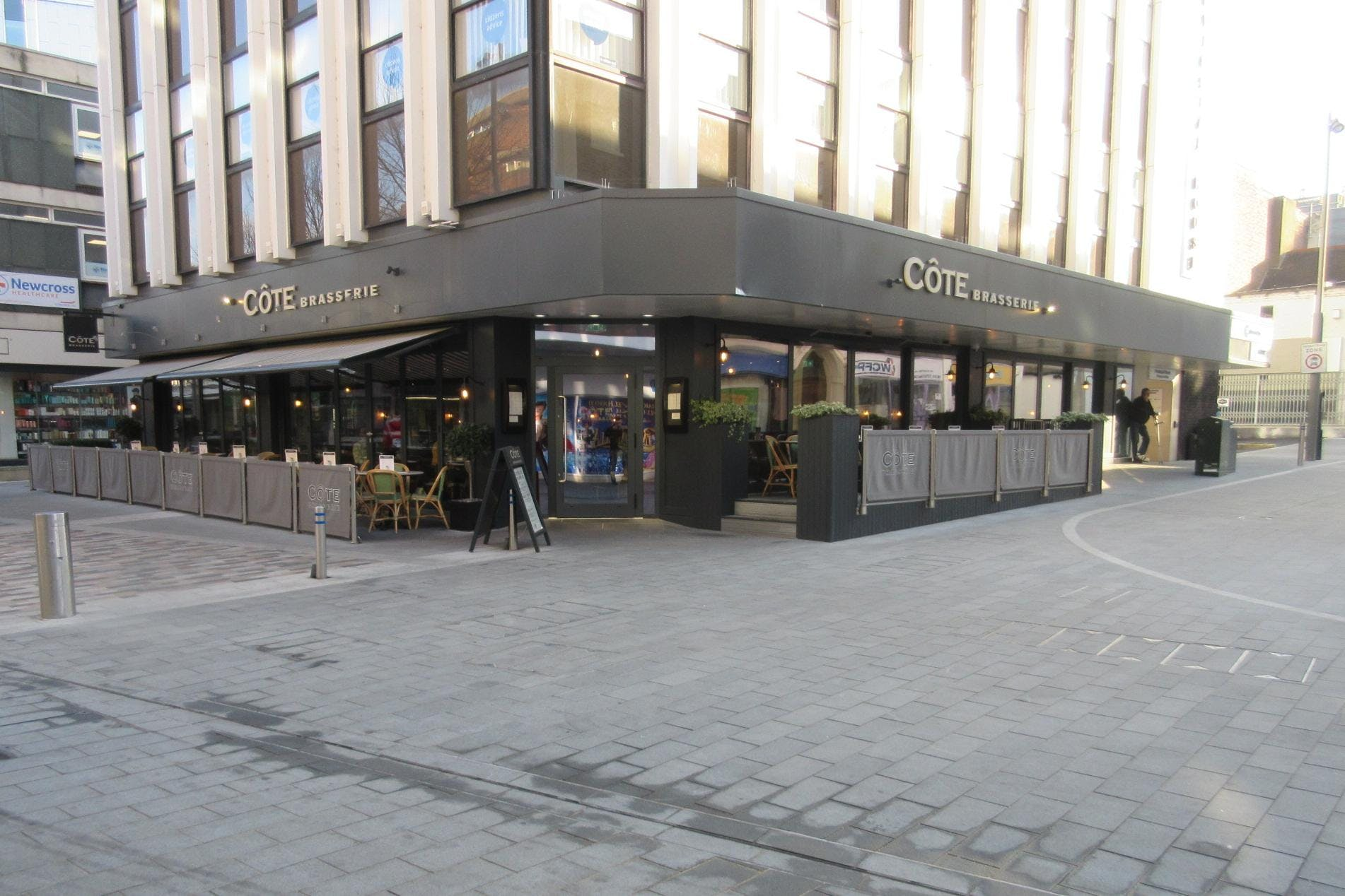 Restaurant Unit 2, Morris House, 34 Commercial Way, Woking, Retail / D2 Leisure To Let - IMG_6815.JPG