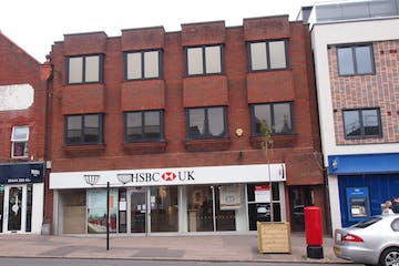 38 - 42A South Road, Haywards Heath, Office To Let - PA164444.JPG
