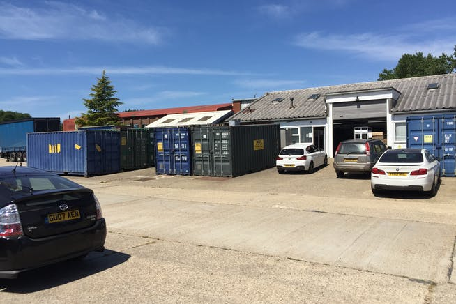 Blacknest House, Alton, Warehouse & Industrial To Let / For Sale - IMG_5928.JPG